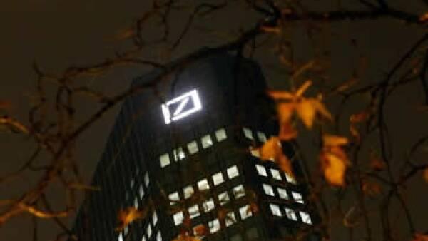 El banco alemán hace una drástica reestructuración bajo el liderazgo del nuevo presidente ejecutivo John Cryan. (Foto: Reuters )
