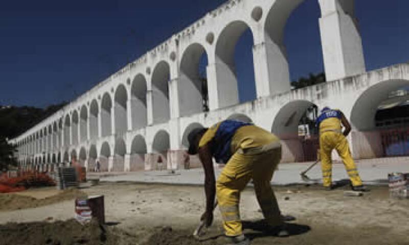 Las obras para la justas ya están retrasadas, advirtió la FIFA. (Foto: AP)