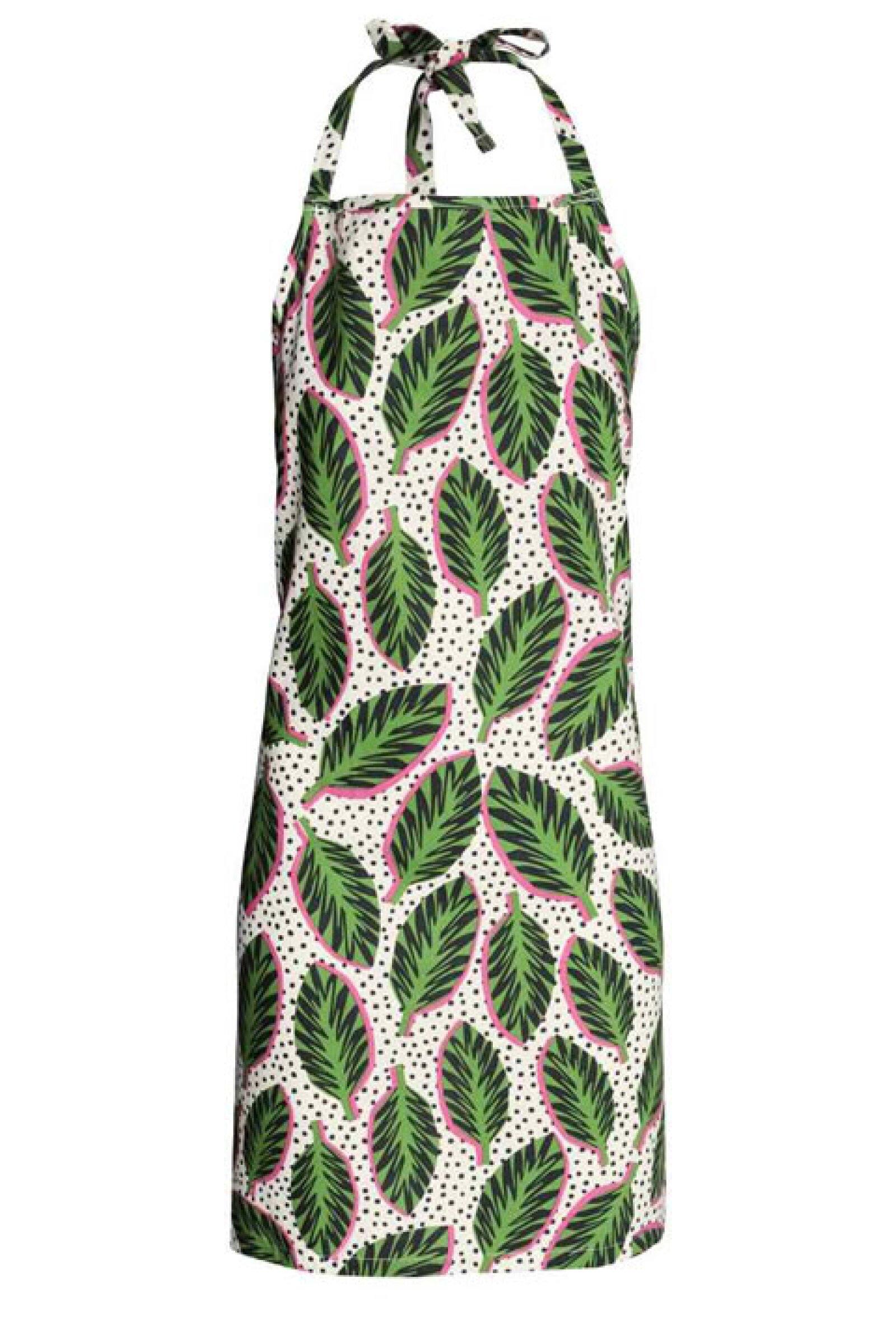 La sorprenderás con un delantal con estampado divertido. 187 pesos, precio aprox. en H&M Santa Fe.