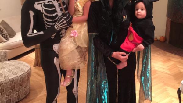 Desde Thalía hasta Jaime Camil y Anahí, estos son los famosos mexicanos que celebraron Halloween con ingeniosos disfraces.
