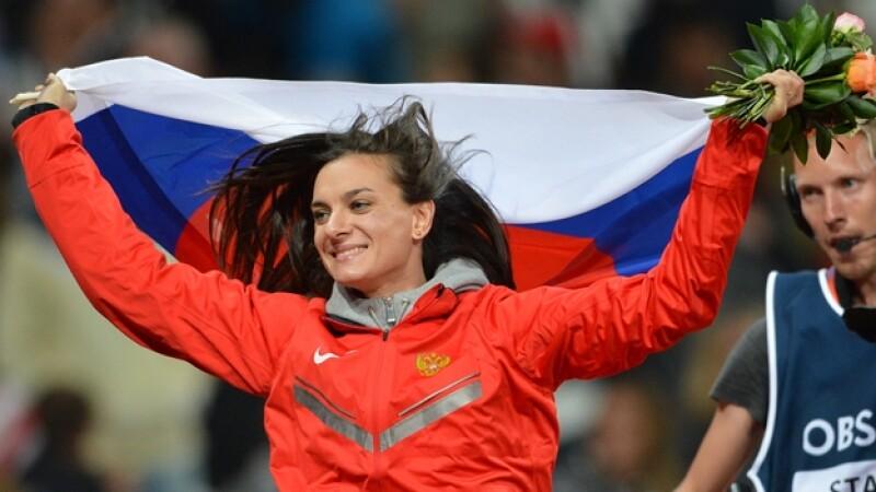Yelena Isinbáyeva, Olimpicos, salto, bronce