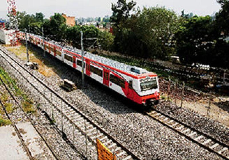 El tren suburbano podría llegar hasta Huehuetoca, como se planteó desde el principio. (Foto: Archivo Expansión/Adán Gutiérrez)