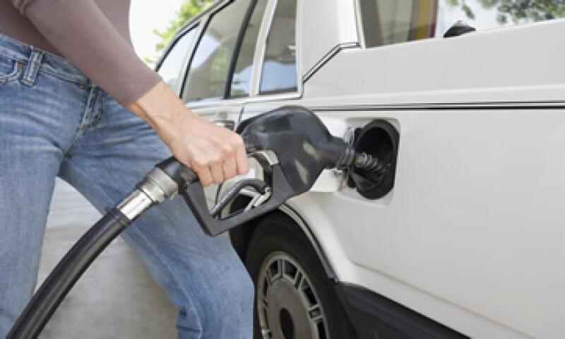 La gasolinasusbirá sus tradicionales ocho centavos a partir de este sábado 11 de junio.  (Foto: Photos To Go)