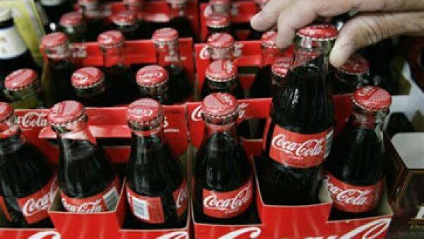 Coca-Cola FEMSA cuenta con 37 plantas embotelladoras en países de Latinoamérica (Foto: AP)
