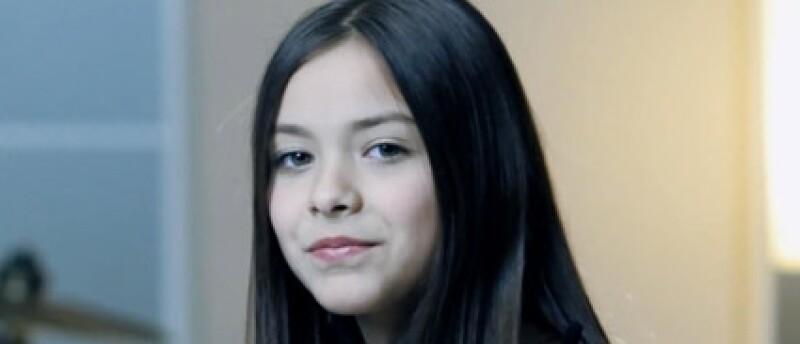 Angie es la voz de Vazquez Sounds