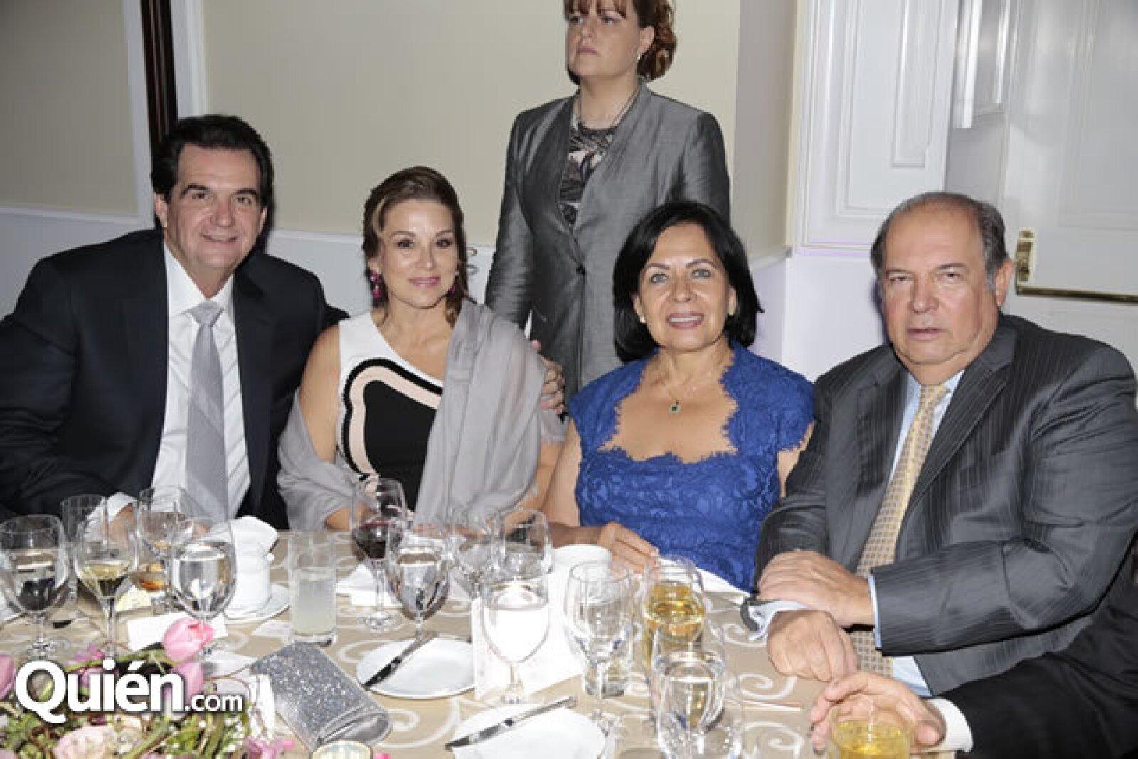 Juan Armando Hinojosa,María Teresa Hinojosa,Leticia Cárdenas de López,David López