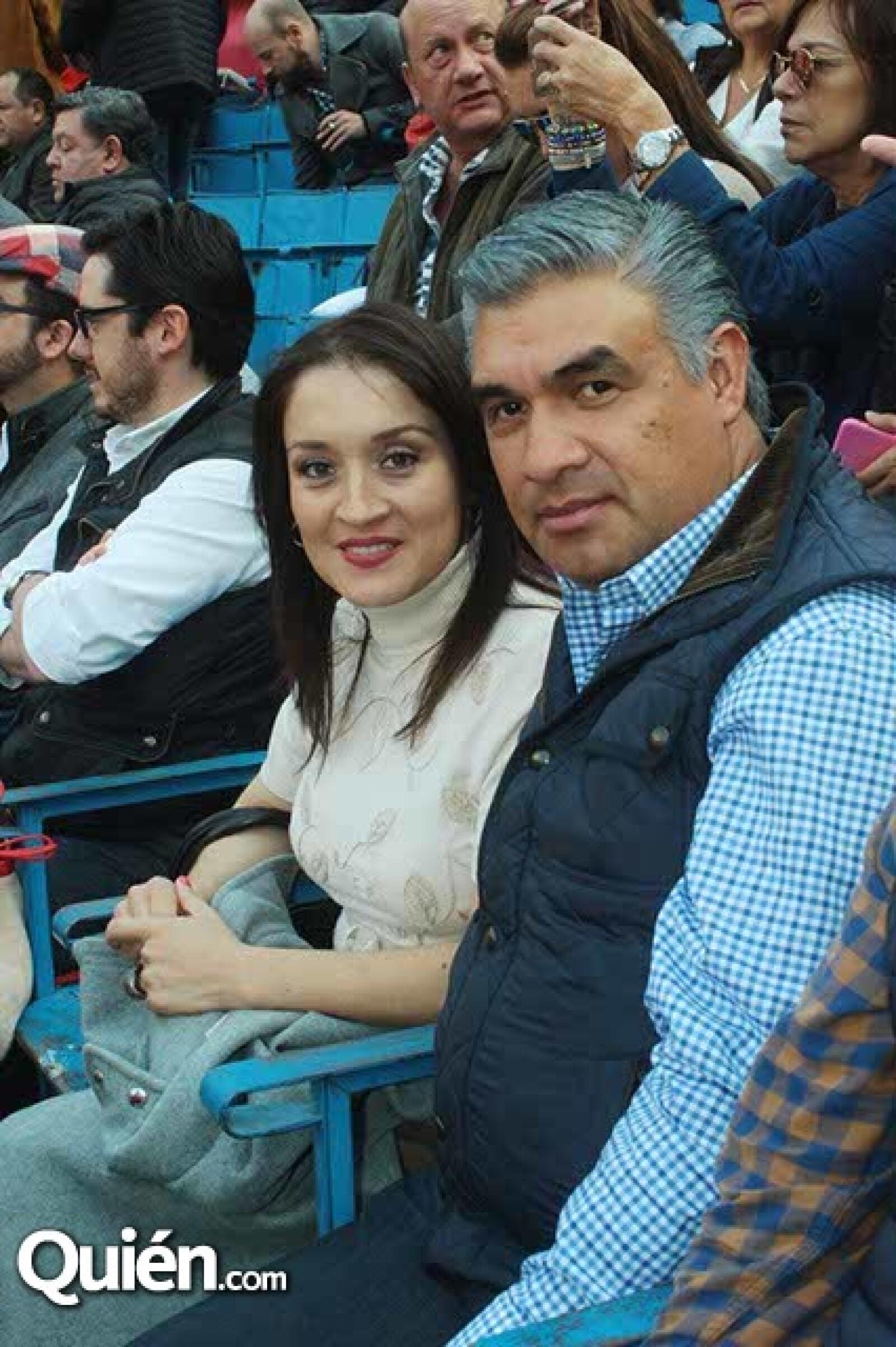 Graciela Iriarte y David Castañeda,ex Presidente Municipal de Atizapan)