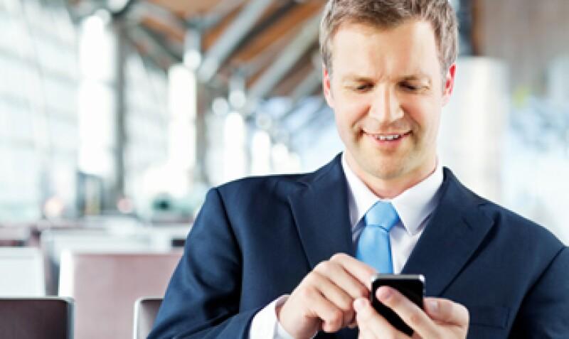 La plataforma permite el envío de mensajes masivos a clientes. (Foto: iStock by Getty)