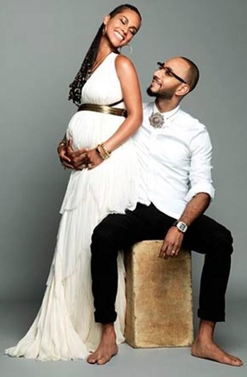 La cantante y su marido han confirmado públicamente que están esperando su segundo hijo en medio de las celebraciones por su cuarto aniversario de boda.