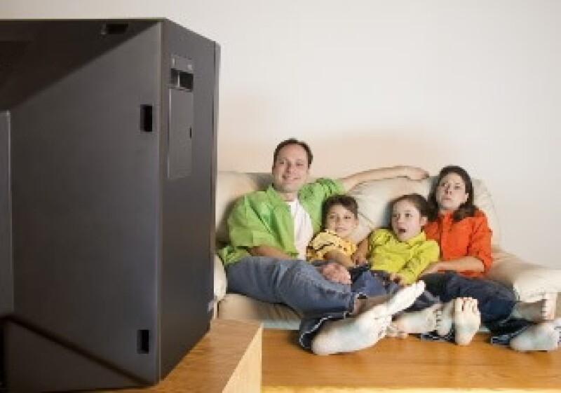 La televisión de paga gana más suscriptores. (Foto: Jupiter Images)