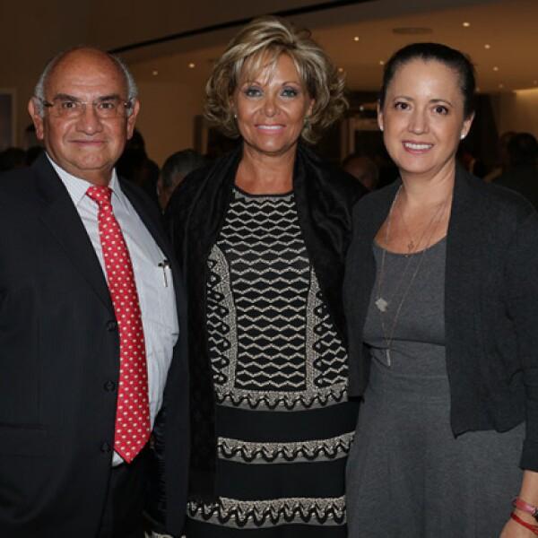 Francisco Arenas,Nora Aizpuru y Claudia A. de Llamas
