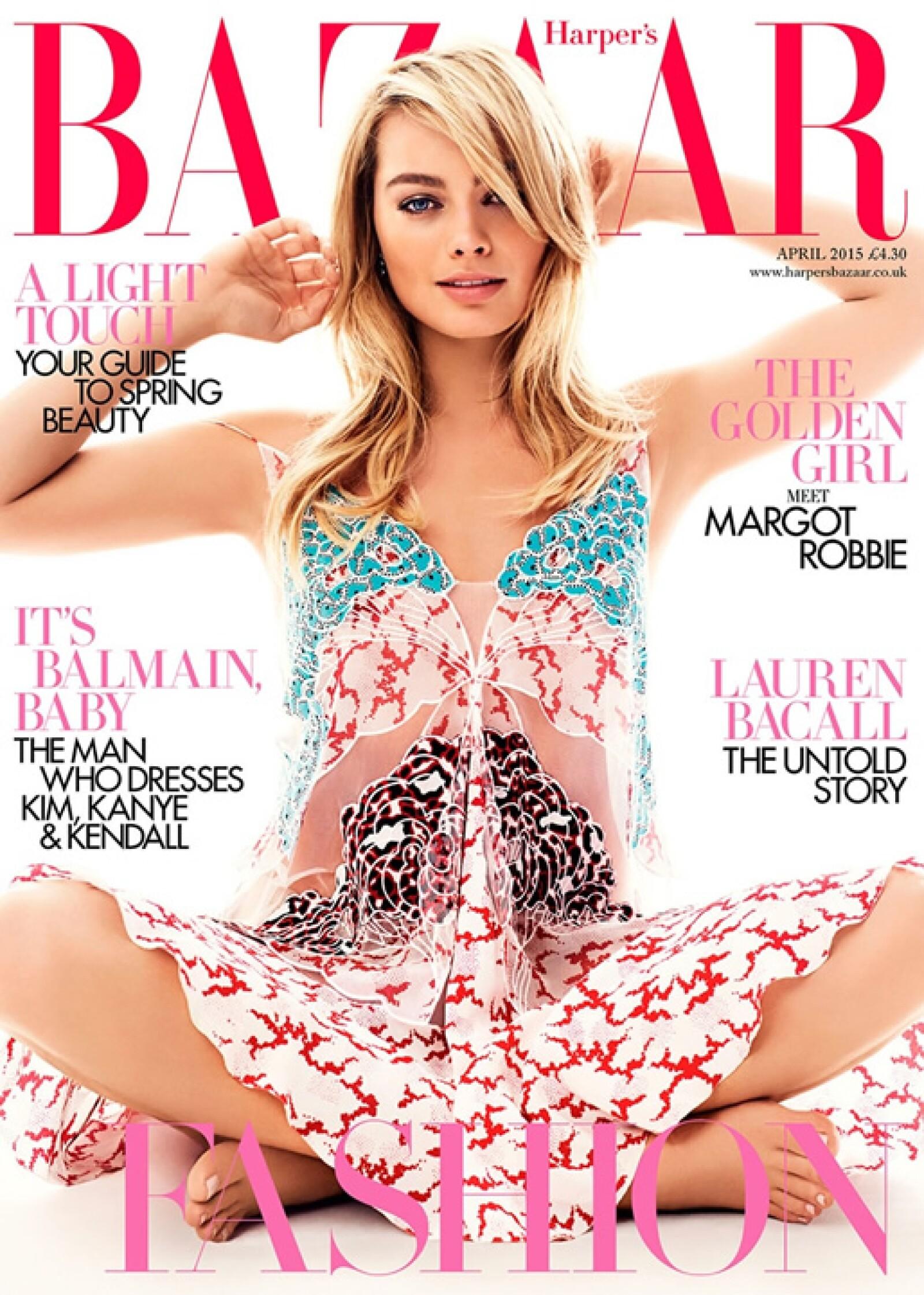 La actriz Margot Robbie luce impecable en la portada de Harpers Bazaar UK. Fotografiada por David Slijper, la vemos en un hermoso vestido de Stella McCartney.