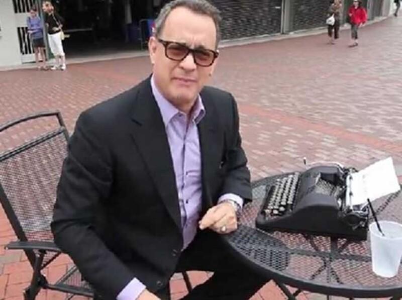 Tom Hanks suele escribir en sus propias máquinas, de vez en cuando.