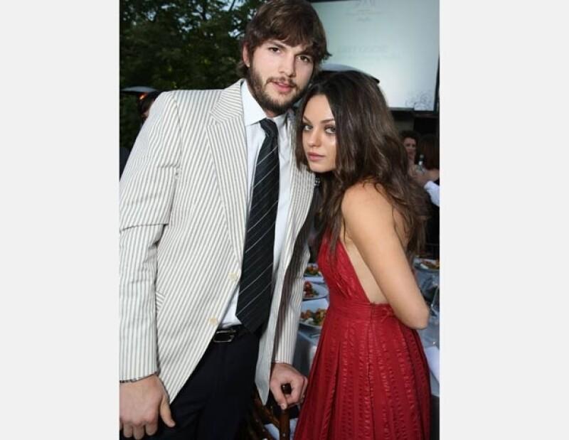 Aunque no han hecho pública su relación, Kutcher y Kunis han sido captados juntos en varias ocasiones.