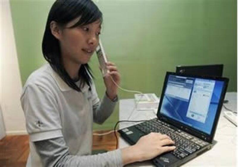 Skype permite hacer llamadas de larga distancia a través de Internet, prácticamente sin costo. (Foto: Reuters)