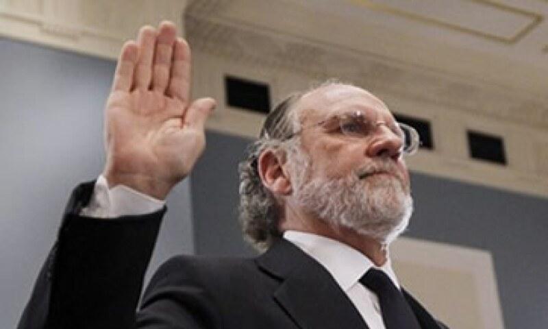 "Corzine declaró que su ""tristeza"" palidece frente a la de los clientes, empleados e inversores de MF Global. (Foto: AP)"