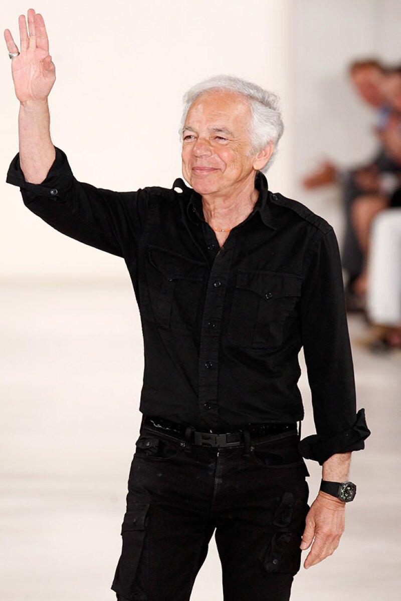 El diseñador aún mantendrá los titulos de chairman y director creativo de la firma que fundó hace casi 50 años.