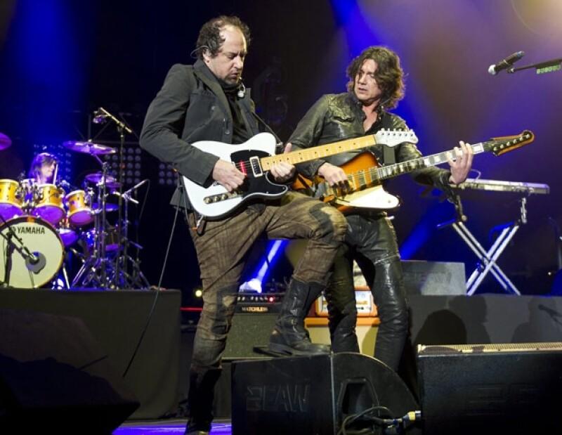 La banda de rock ofreció la noche de ayer el primero de dos conciertos que dará en el Distrito Federal, y con los que cerrará sus presentaciones de 2011.
