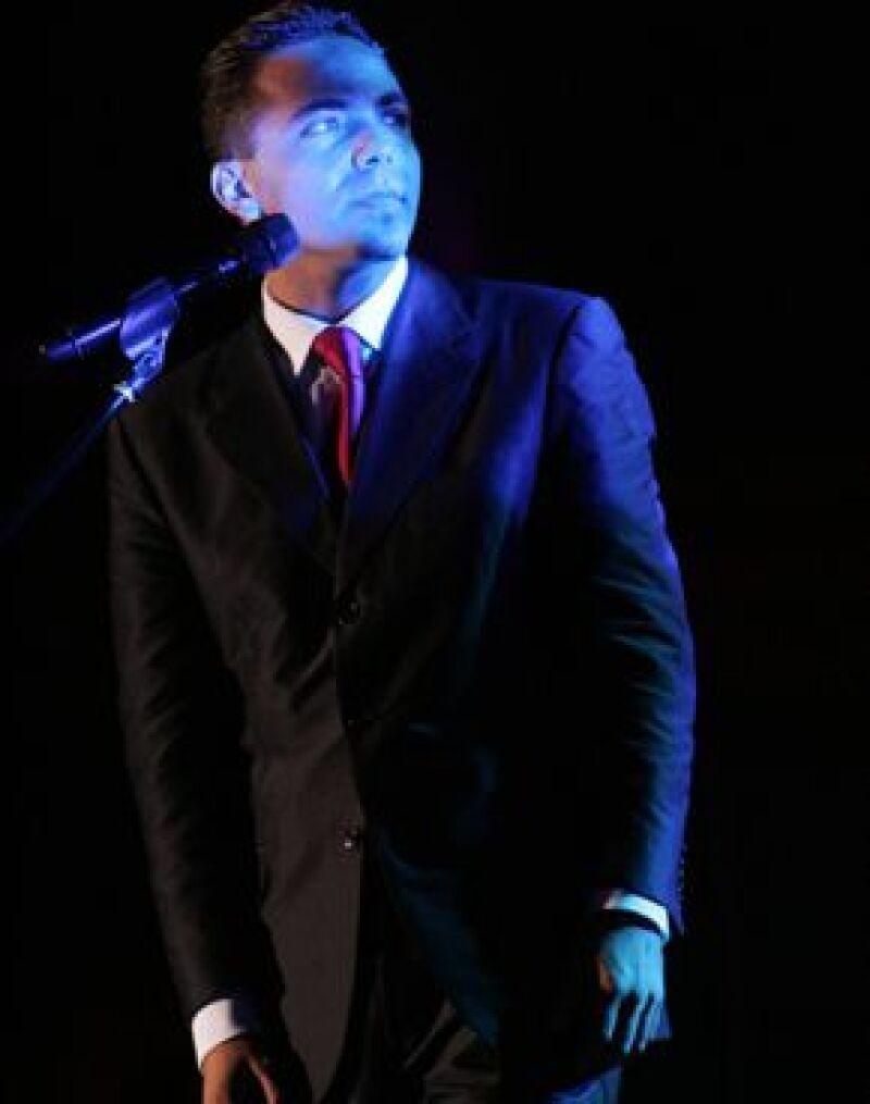 El cantante mexicano estrenó mundialmente el video del tema `No me digas´ que se desprende del álbum `El culpable soy yo´.