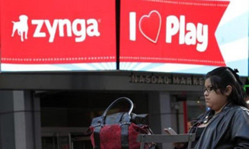 Facebook consigue dinero de las ventas de bienes virtuales en los juegos de Zynga. (Foto: Reuters)