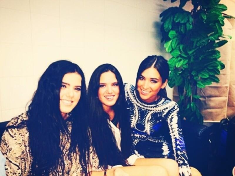 Las hijas del cantante y Karla parecen llevarse muy bien.