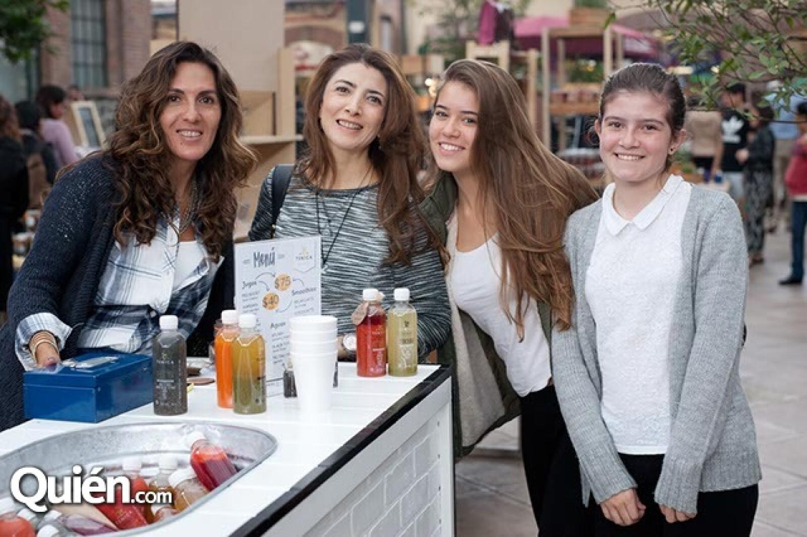Luciana Vázquez,Berenice Bojórquez,Inés y Antonia Pastor
