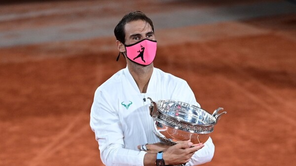 TENNIS-FRA-OPEN-MEN-FINAL-TROPHY
