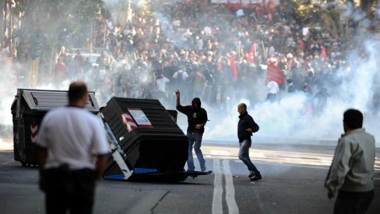 protestas violentas en roma