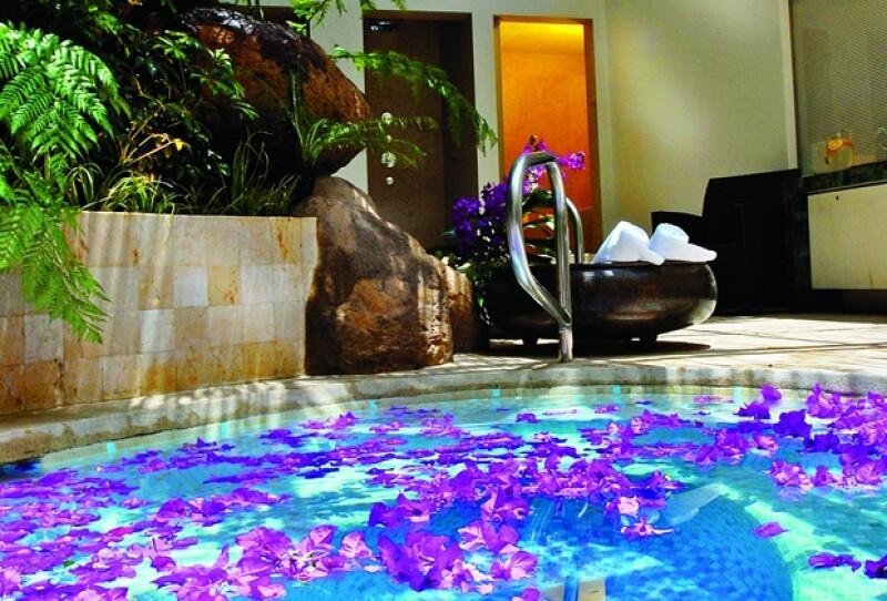 El ritual Aqua comienza en el jacuzzi y alterna calor y frío.