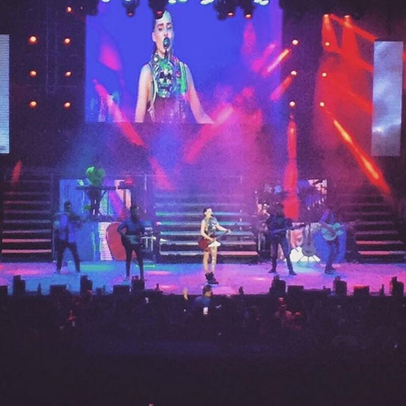 La cantante se mostró inconforme cuando en un concierto sus fans le pidieron que cantara el conocido tema, alegando que tiene muchas otras canciones.