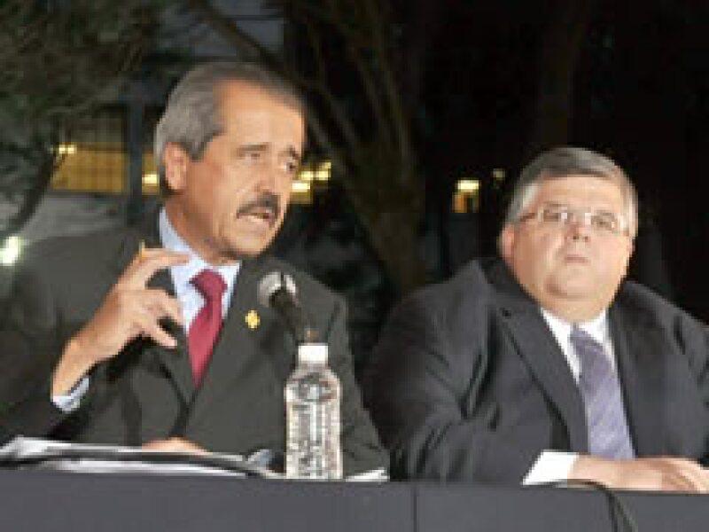 Córdova y Carstens dieron un nuevo balance de la gripa porcina. (Foto: Notimex)