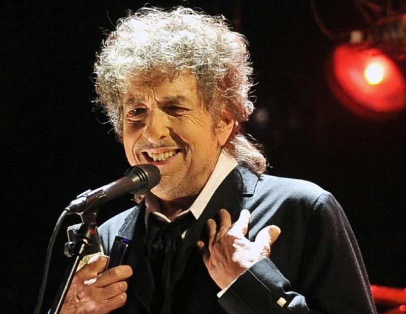 El cantante ofreció un recorrido por todos sus éxitos en Guadalajara; el 11 de mayo se presenta en el Pepsiu Center WTC.