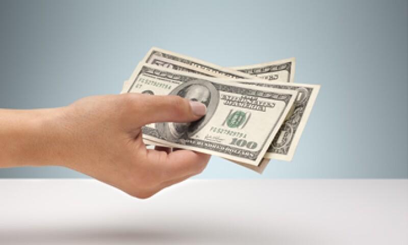 Banco Base prevé que el tipo de cambio ronde entre 13.02 y 13.08 pesos (Foto: GettyImages)