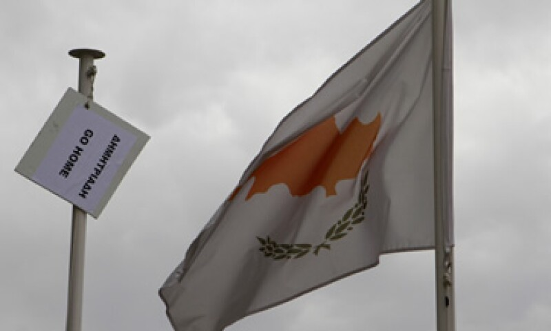 La economía de Chipre estaba en peligro inminente de caer en una cesación de pagos. (Foto: AP)