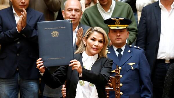 Presidenta de bolivia - publican ley para nuevas elecciones
