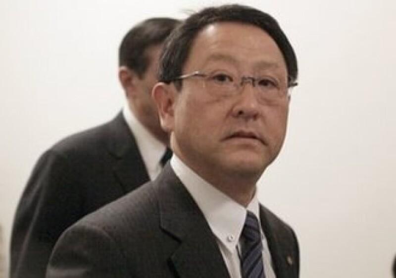 Akio Toyoda dijo que los empleados trabajan duro en las reparaciones, para la recuperación de la automotriz. (Foto: AP)