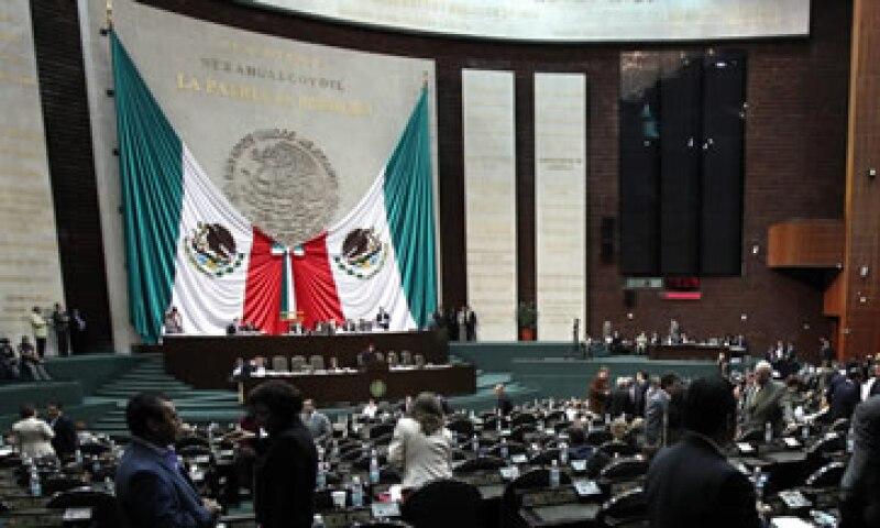 Aunque los diputados lleguen a un acuerdo sobre la refoma en telecomunicaciones, dejan pendientes las iniciativas sobre el arraigo. (Foto: Notimex)