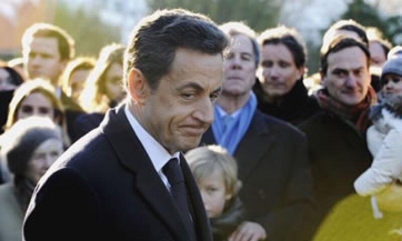 La presión sobre Sarkozy ha aumentado después de que Francia perdiera su calificación AAA. (Foto: AP)