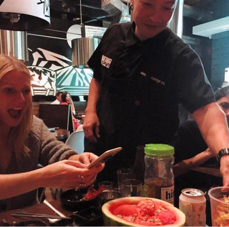 La actriz no pierde oportunidad en tomarle fotos a su comida.