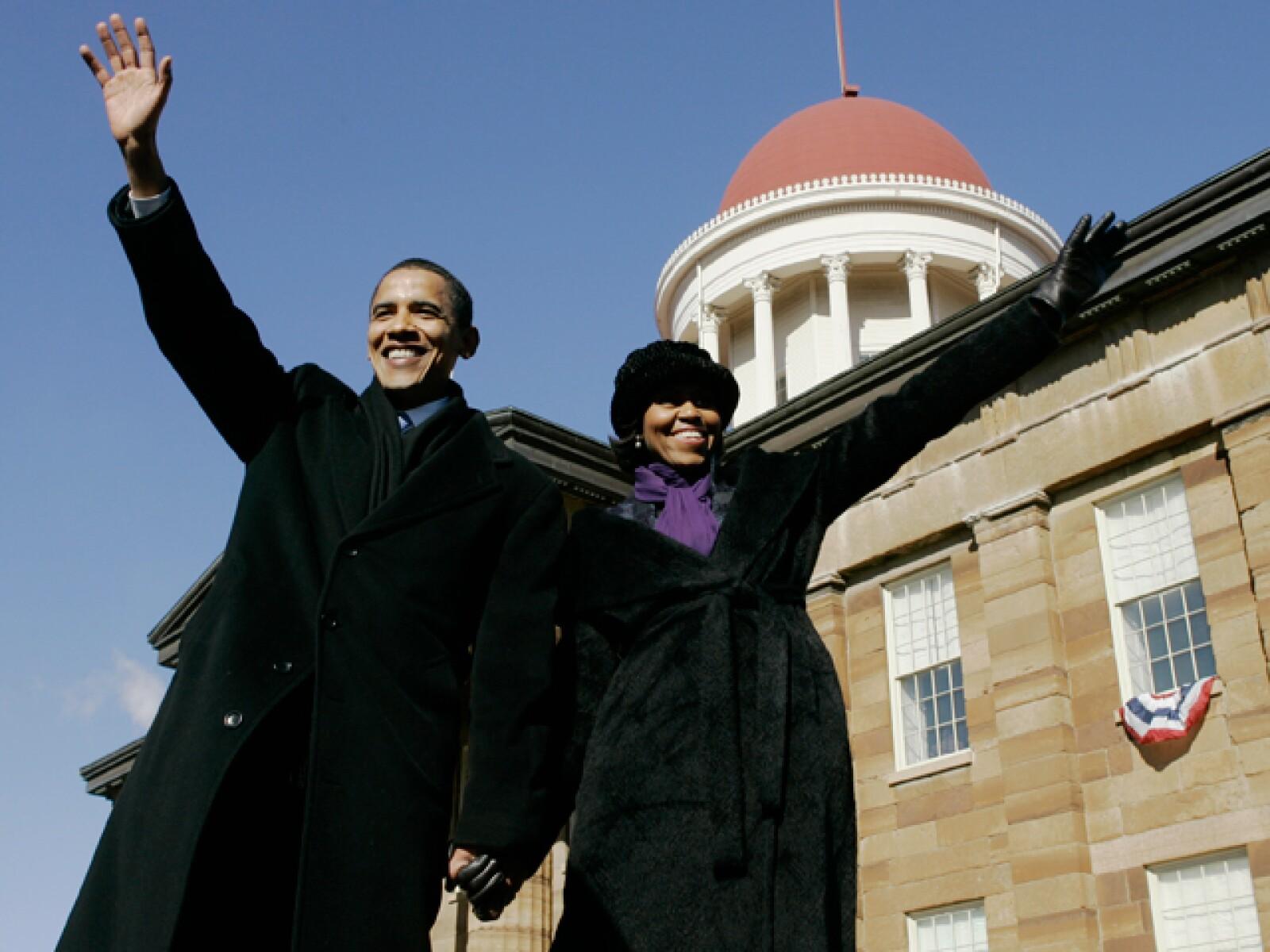 La pareja que reina desde la Casa Blanca, Michelle y Barack Obama sin duda han sabido hacer buen uso de su status, volviéndose incluso íconos de estilo al vestir.