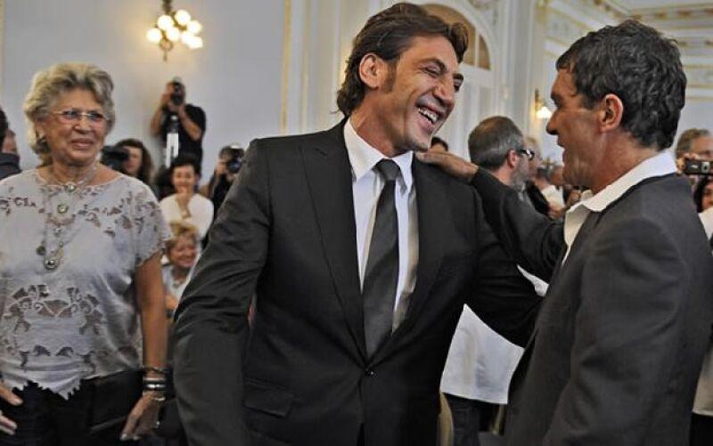 El actor español recibió durante el Festival de San Sebastián un reconocimiento por ser un gran actor que ha logrado sobresalir por trabajar duro.