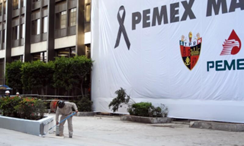 Pemex dijo que no escatimaría ningún recurso para el pago de las indemnizaciones. (Foto: Notimex)