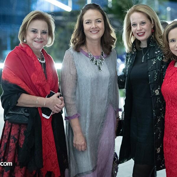 Stella Chedraui, Mónica Burillo de Larrea, Mónica Fernández y Katty Beltrán