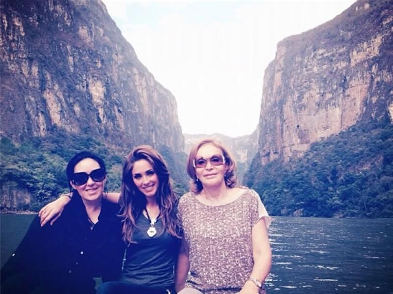 La ex RBD se encuentra en dicho estado y presumió en su cuenta de Twitter sus fotos en el Cañón del Sumidero.
