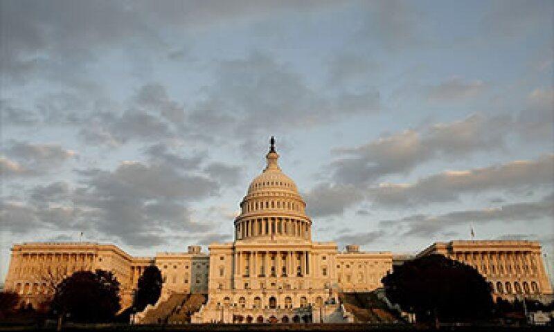 Las encuestas no se inclinan por algún partido en la Cámara de Senadores.  (Foto: Cortesía CNNMoney)