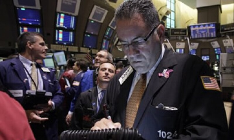 Las acciones estadounidenses se recuperaron de las pérdidas que reportaron durante la jornada de este jueves. (Foto: Reuters)