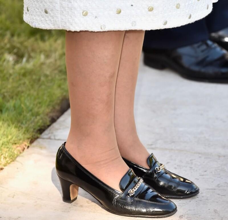 No sólo Kate Middleton o Letizia de España son fieles a una marca de zapatos. La reina de Inglaterra también tiene sus consentidos y no los cambia por nada.