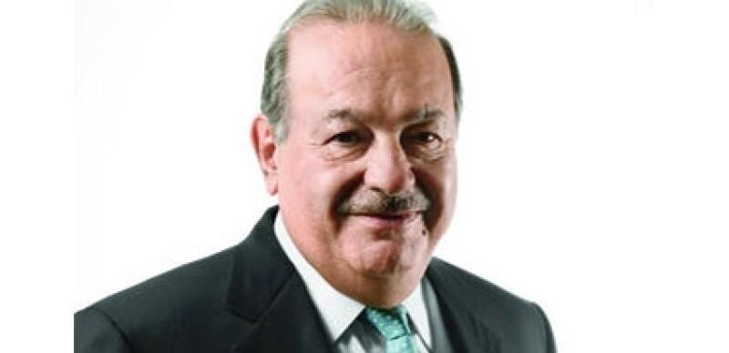 Slim niega que los mexicanos dejen cifras millonarias en sus empresas de telefonía.