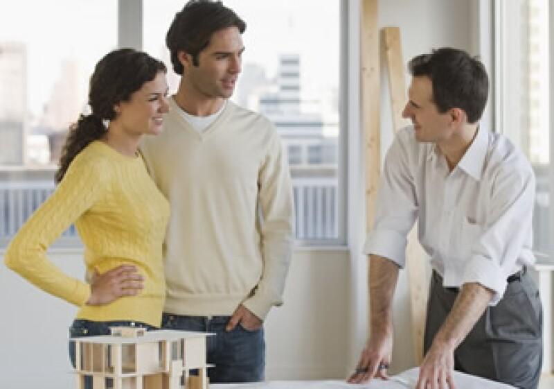 Antes de contratar a quien realizará la renovación, hay que asegurarse de que lo ofrecido esté en regla. (Foto: Photos to go)