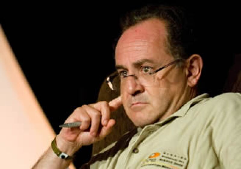 El director del Centro Nacional de Vigilancia Epidemiológica, Miguel Ángel Lezana, comenta que nos tenemos que preparar para un escenario de epidemia peor al de abril.   (Foto: Notimex)
